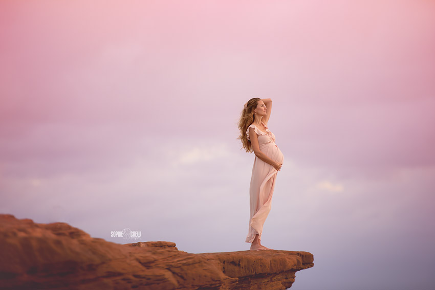 Newborn and Maternity photographer beach