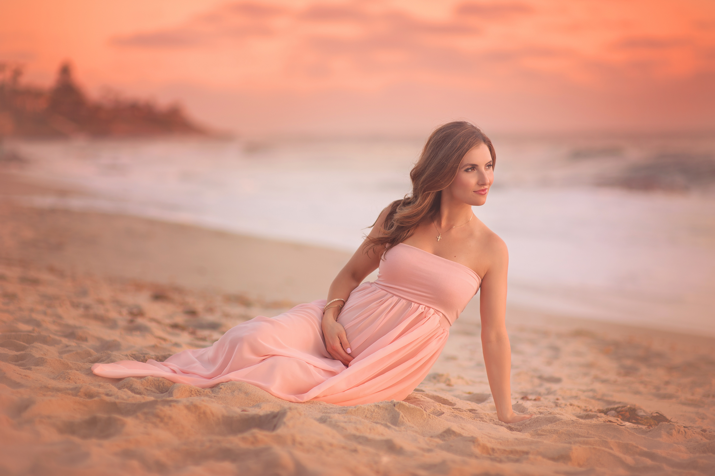 dreamy beach pregnancy photography in San Diego, CA